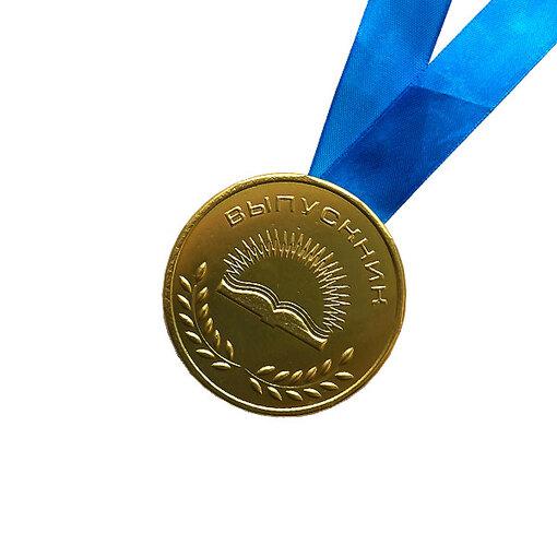 Шоколадная медаль на ленте выпускнику ( лента синяя )